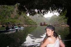 kayak in ha long 1