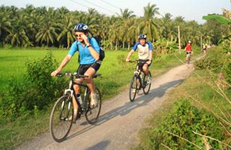 Biking_Mekong
