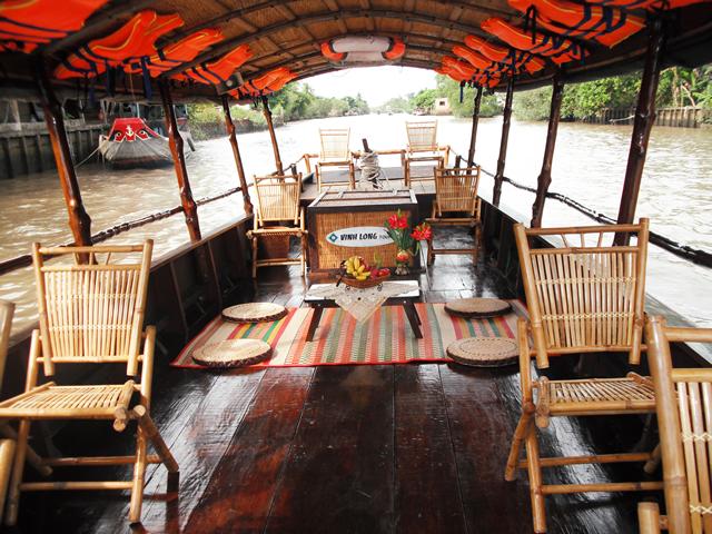insideboat1